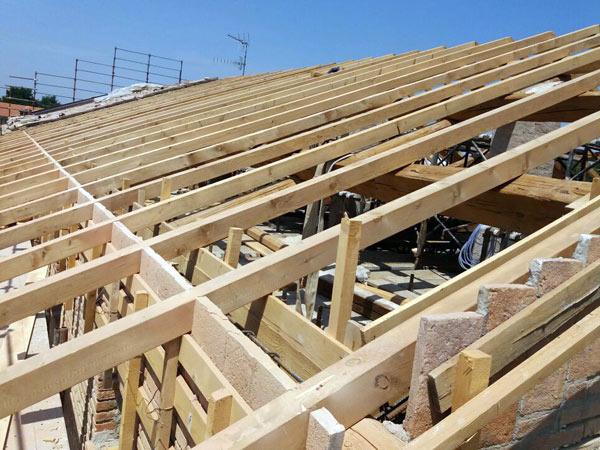 Costo-ristrutturazione-tetto-condominiale-modena