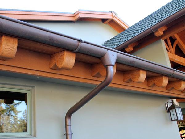 Installazione-scossaline-acciaio-sassuolo